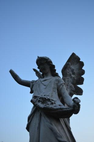 Handless angel